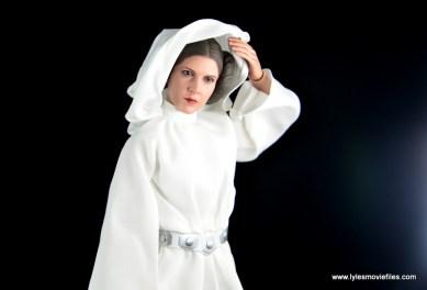 Hot Toys Princess Leia figure review - lifting hood