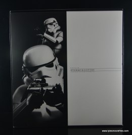Hot Toys Stormtroopers figure review - interior packaging