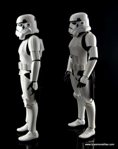 Hot Toys Stormtroopers figure review - left side