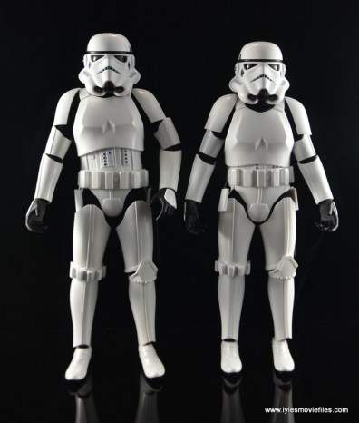 Hot Toys Stormtroopers figure review - straight
