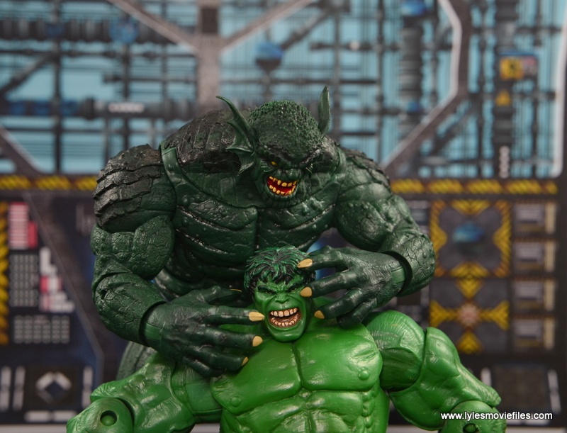 Marvel Legends The Raft figure review Abomination choking The Hulk