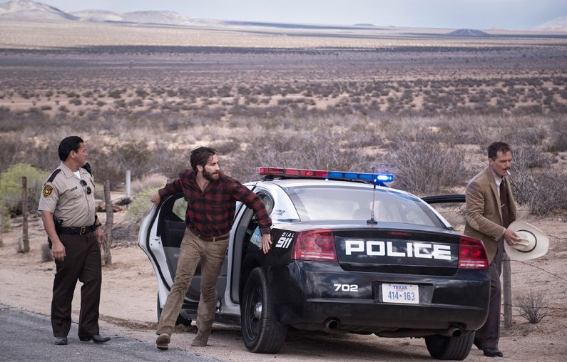 Nocturnal Animals review - Jake Gyllenhaal and Michael Shannon