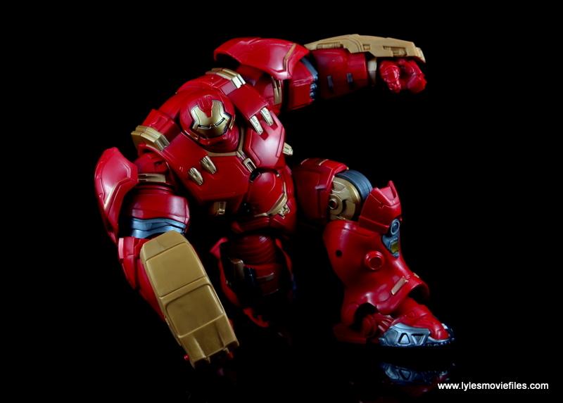 Marvel Legends Hulkbuster Iron Man figure review - signature Iron Man pose
