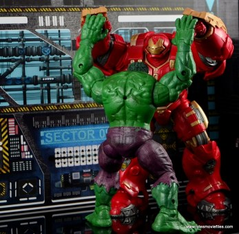 Marvel Legends Hulkbuster Iron Man figure review - test of strength with Hulk