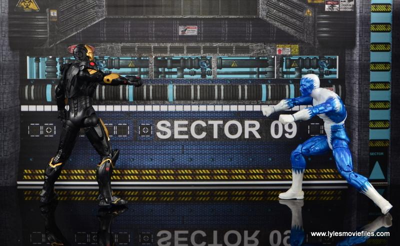 Marvel Legends Marvel Now Iron Man figure review - vs Blizzard