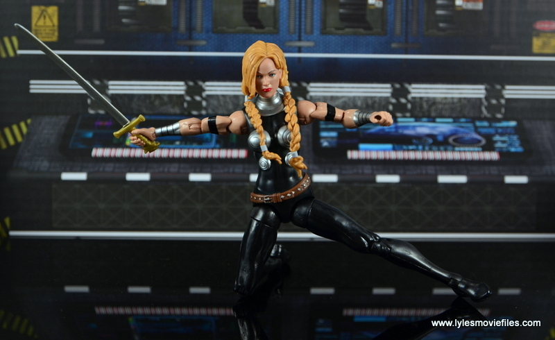 Marvel Legends Valkyrie figure review - ready for battle
