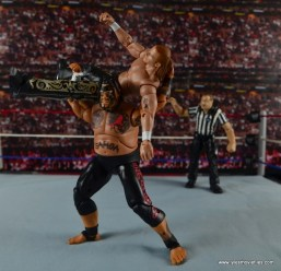 WWE Elite 40 Umaga figure review - Samoan Drop to Shawn Michaels