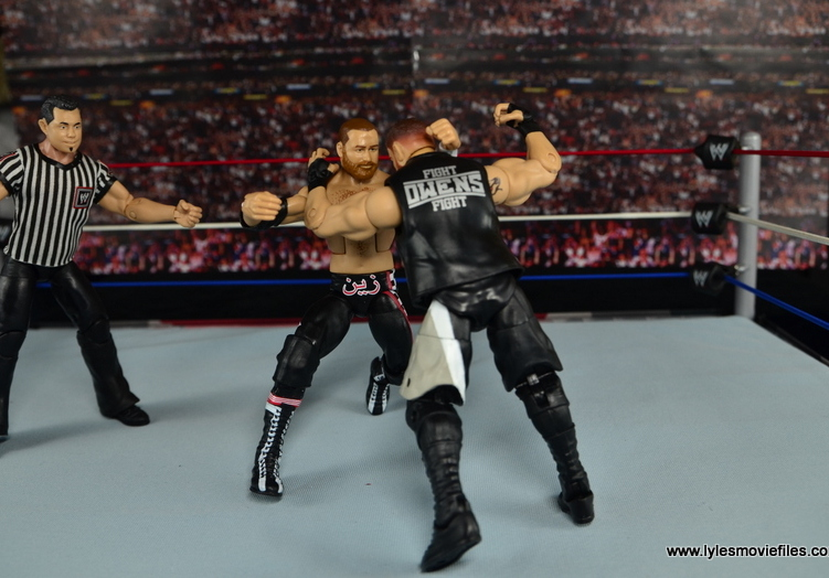 WWE Elite Sami Zayn figure review - brawl with Kevin Owens