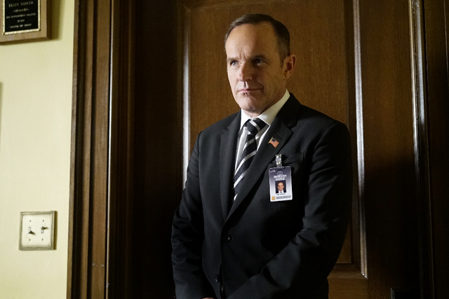 Agents-of-SHIELD-Wake-Up-review-Coulson