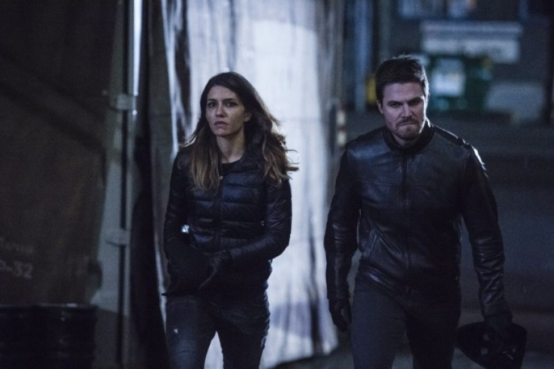 Arrow Bratva review - Dinah and Oliver