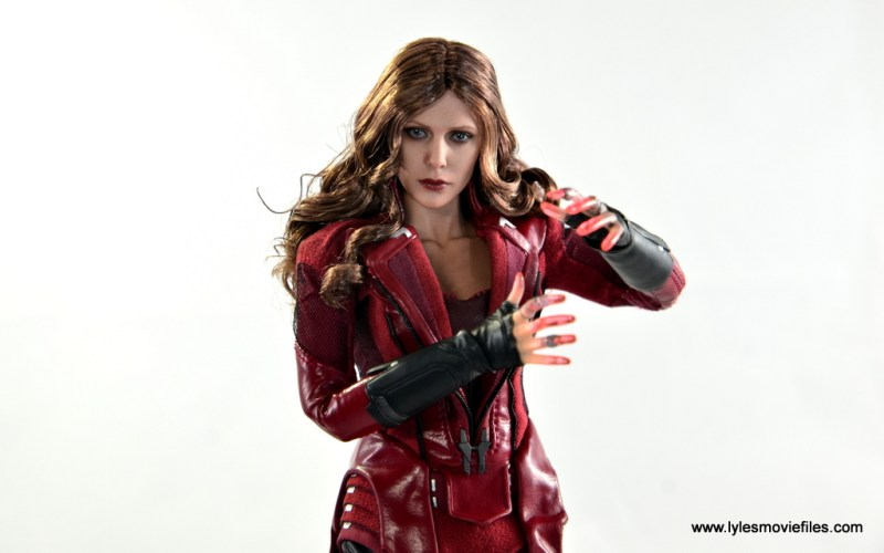 Hot Toys Scarlet Witch figure review - main pic