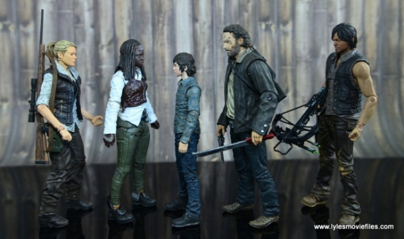 The Walking Dead Michonne figure review - scale with Andrea, Carl, Rick Grimes and Daryl Dixon