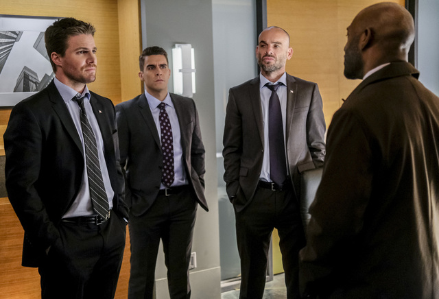 arrow - the sin-eater - oliver, adrian, lance and pike