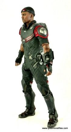 Hot Toys Captain America Civil War Falcon figure review -left side