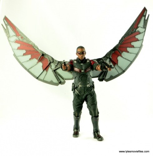 Hot Toys Captain America Civil War Falcon figure review - taking aim with wings spread