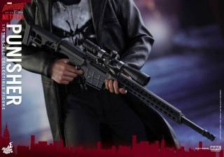 Hot Toys Netflix The Punisher figure -sniper rifle detail
