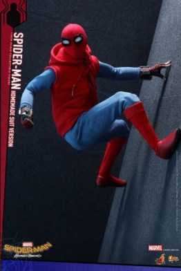 Spider-Man Homecoming Homemade Suit - climbing the wall