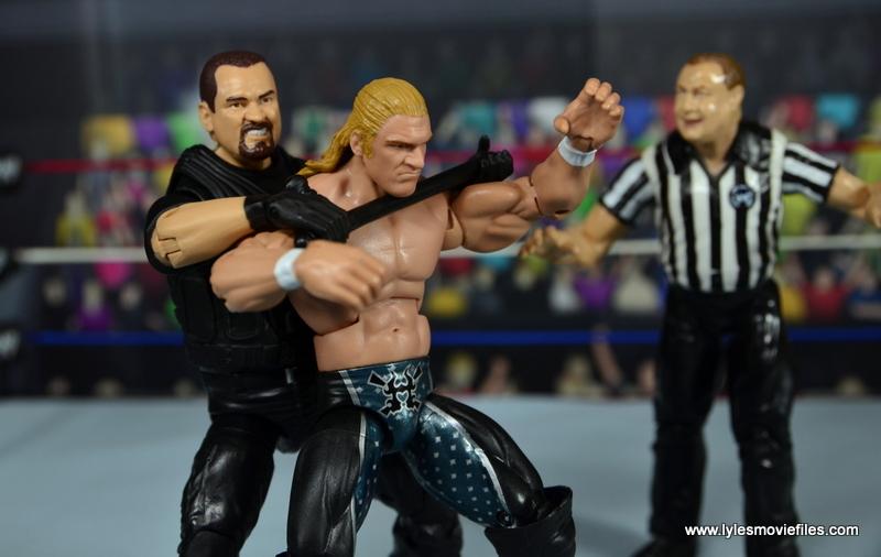 WWE Elite Big Boss Man figure review - choking out Triple H