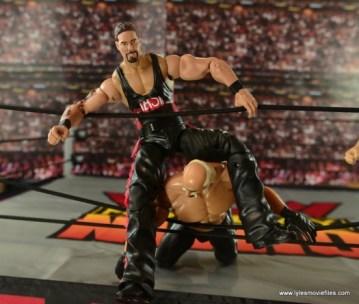 WWE nWo Wolfpac Kevin Nash Elite figure review -rope splash on Hollywood Hogan