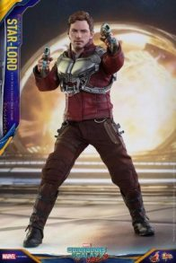 Hot Toys Guardians of the Galaxy Vol. 2 Star-Lord figure - aiming side