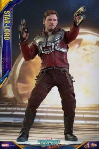 Hot Toys Guardians of the Galaxy Vol. 2 Star-Lord figure - guns forward