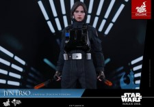 Hot Toys Jyn Erso Imperial Disguise figure - wide