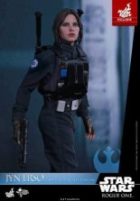 Hot Toys Jyn Erso Imperial Disguise figure with pistol