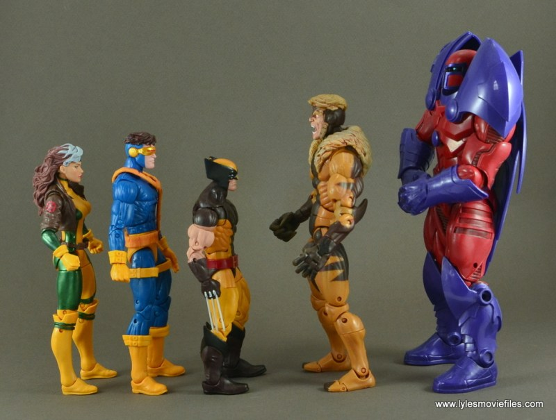 Marvel Legends Cyclops figure review -scale with Rogue, Wolverine, Sabretooth and Onslaught