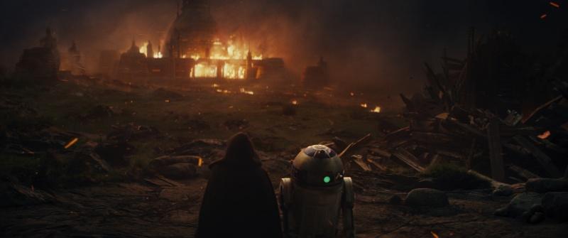 Star Wars Episode VII - The Last Jedi trailer images - Luke and R2-D2