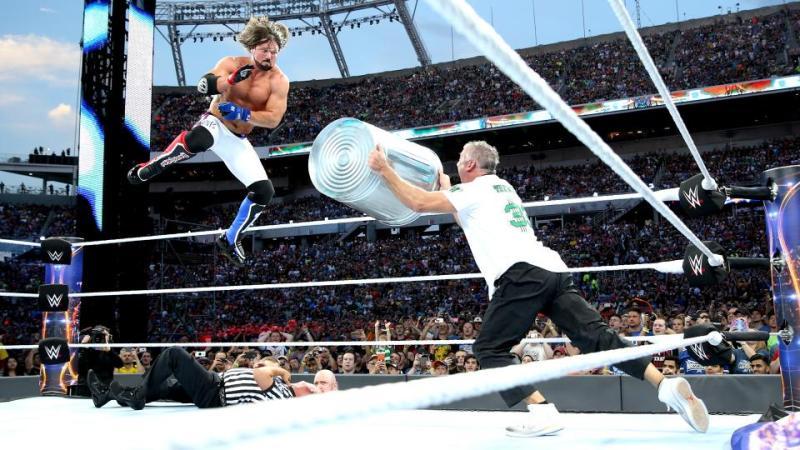 Wrestlemania 33 - AJ Styles vs Shane McMahon