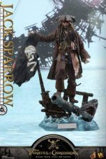 Hot Toys Capt Jack Sparrow figure -base pic 2