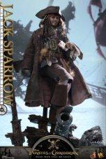 Hot Toys Capt Jack Sparrow figure -smirking on base