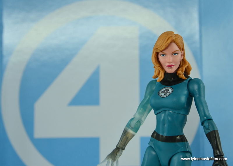 Marvel Legends Invisible Woman figure review -with FF backdrop