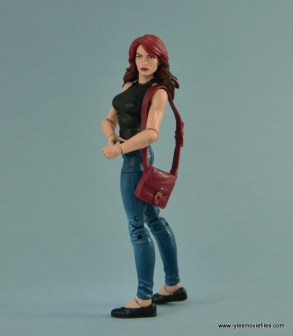 Marvel Legends Spider-Man and Mary Jane Watson figure review - MJ turning to the side