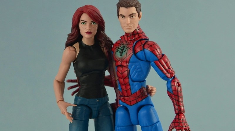 Marvel Legends Spider-Man and Mary Jane Watson figure review - main pic