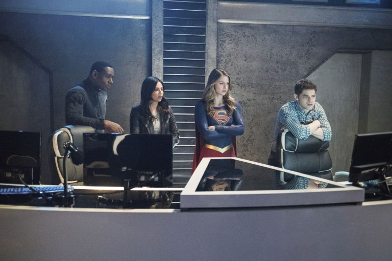 Supergirl Alex - J'onn, Maggie, Supergirl and Winn