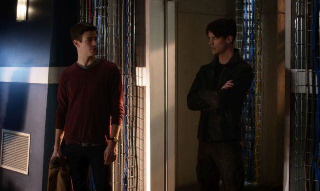 The Flash Finish Line - Barry and Savitar