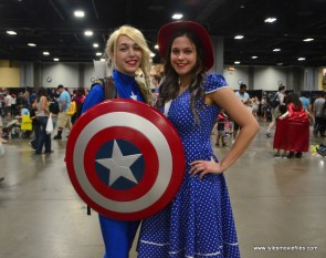 Awesome Con 2017 Day 2 cosplay - Captain America and Peggy Carter