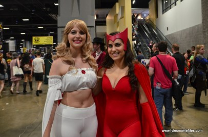 Awesome Con 2017 Day 2 cosplay - Emma Frost and Scarlet Witch
