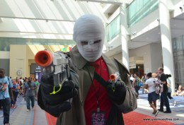 Awesome Con 2017 Day 2 cosplay - Hush aiming