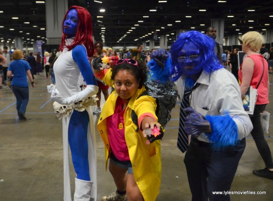 Awesome Con 2017 Day 2 cosplay - Mystique, Jubilee and Beast