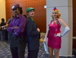 Awesome Con 2017 Day 2 cosplay - Waluigi, Luigi and Princess Toadstool gangsters
