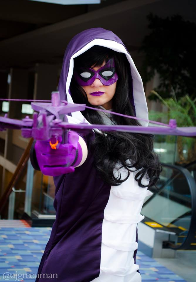 Canary Cry Cosplay as The Huntress