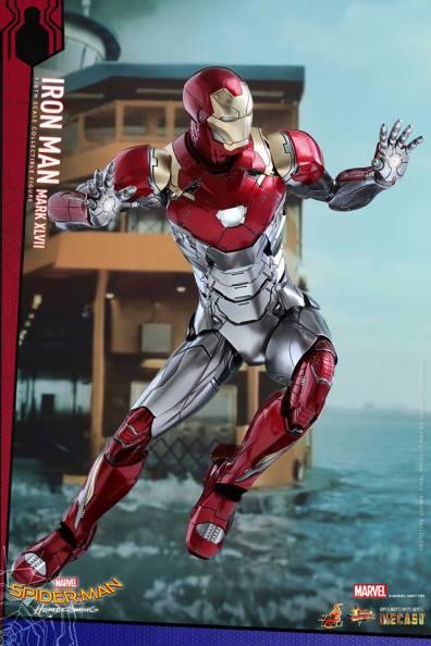 Hot Toys Iron Man Mark 47 figure - flying