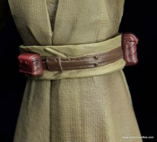 SH Figuarts Mace Windu figure review - belt rear