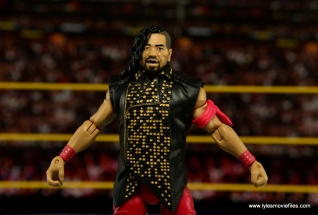 WWE Defining Moments Shinsuke Nakamura figure review -likeness with vest