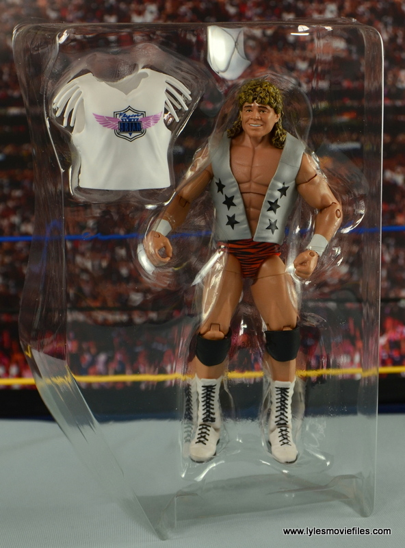 WWE Elite Flyin Brian figure review - accessories in tray