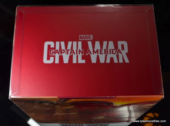 Hot Toys Captain America Civil War Iron Man figure review - package top