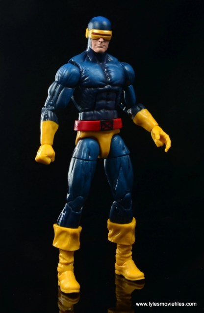 Marvel-Legends-Cyclops-and-Dark-Phoenix-figure-review-Cyclops-standing