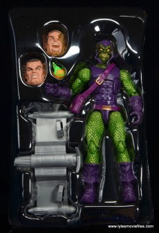 Marvel Legends Green Goblin figure review -accessories in tray